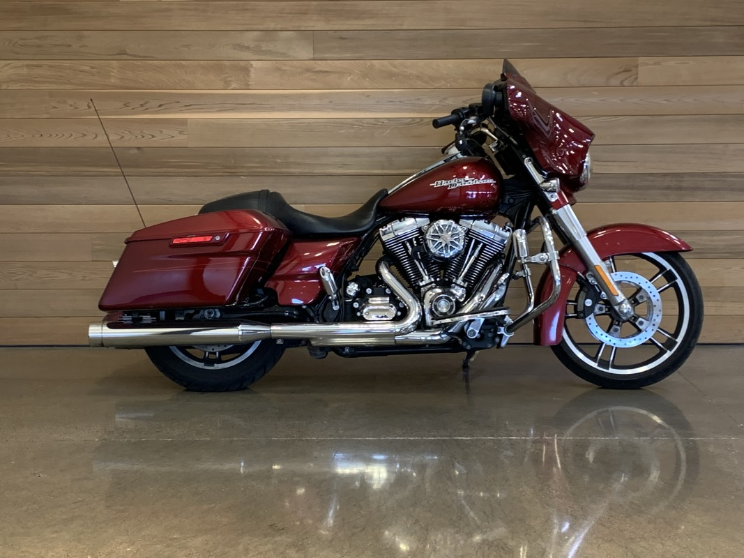 Pre-Owned 2016 Harley-Davidson Street Glide® Special FLHXS