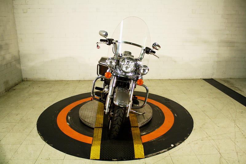 Pre-Owned 2017 Harley-Davidson Road King