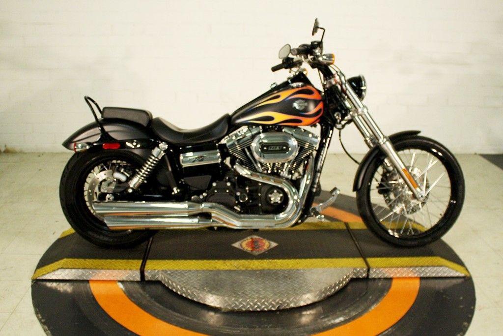 Pre-Owned 2017 Harley-Davidson Wide Glide