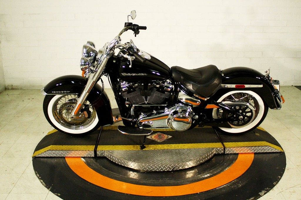 Pre-Owned 2018 Harley-Davidson Deluxe