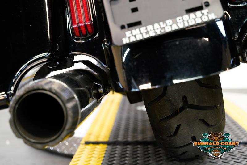 Pre-Owned 2015 Harley-Davidson CVO Street Glide FLHXSE